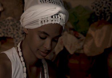 """""""Eu, Oxum"""" retrata a vida de filhas da Orixá das águas doces"""