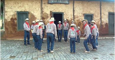 Samba de Bumbo e Fandango de Tamanco se encontram em SP