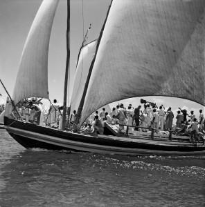 Procissão de Nosso Senhor dos Navegantes-Salvador-BA-1950-Marcel Gautherot-Acervo IMS